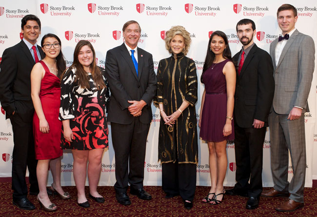 Left to right: Ashwin Kelkar '16, Ariel Yang '15, Morgan DiCarlo '16, President Stanley, Jane Fonda, Ruchi Shah '16, Brian Ralph '15 and Lukas Vasadi '16.