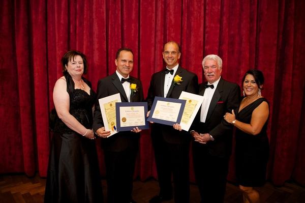 Dr fernandez receives rotacare community service award