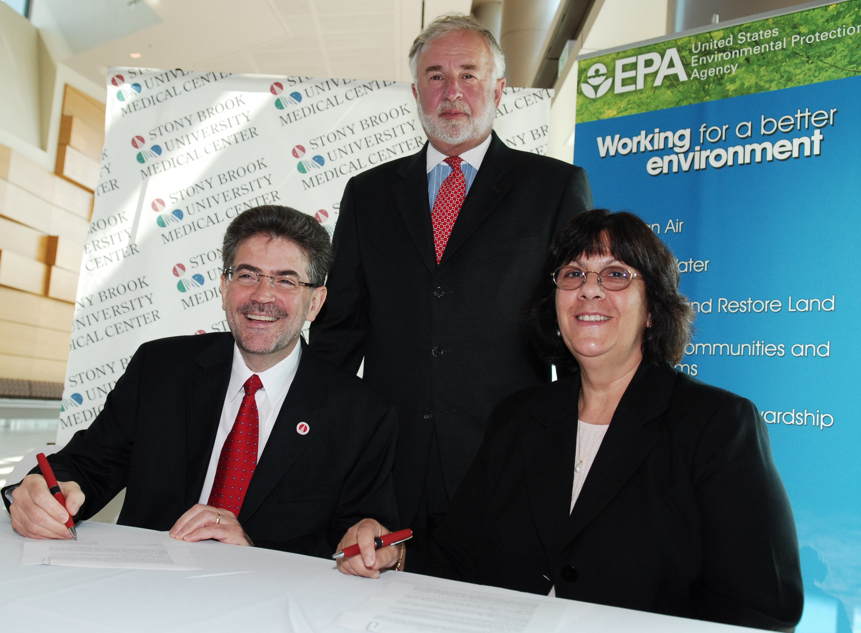Steven Strongwater, CEO of SBUMC; Congressman Tim Bishop; and Barbara Finazzo, EPA acting deputy regional administrator