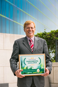 Gary Dasaro, CPM, APP, Director of Purchasing, Stony Brook University Hospital, with the Practice Greenhealth award.