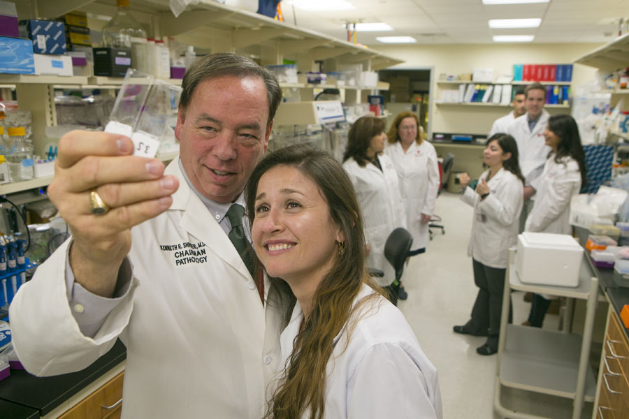Dr. Kenneth Shroyer and Luisa Escobar-Hoyos, a graduate student in Pathology, led the research at Stony Brook University on K17 as a biomarker of cancer.