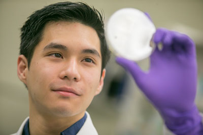 Hard Work, 4 0 GPA Land Scholar David Chen '15 in Top Med