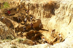 Christmas river dig site in madagascar c zsl reduced