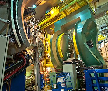 The PHENIX detector at the Relativistic Heavy Ion Collider