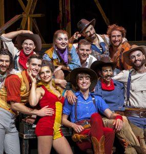 Cirque Eloize (photo by Pierre Manning)