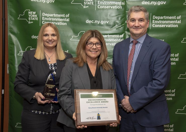 Left to right: Carol Gomes, Chief Operating Officer and Chief Quality Officer, Stony Brook University Hospital; Jill Kavoukian, Director of Healthcare Safety & Sustainability, Stony Brook University Hospital; Ken Lynch, Executive Deputy Commissioner, New York State Department of Environmental Conservation