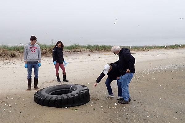 Beach cleanup 2019 3