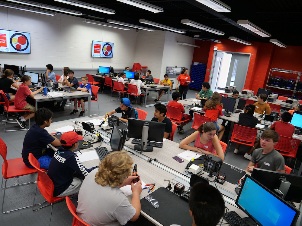 With support from National Grid, Stony Brook's Next Generation Engineering Programs have been making engineering more accessible to underrepresented students and communities for more than a decade.