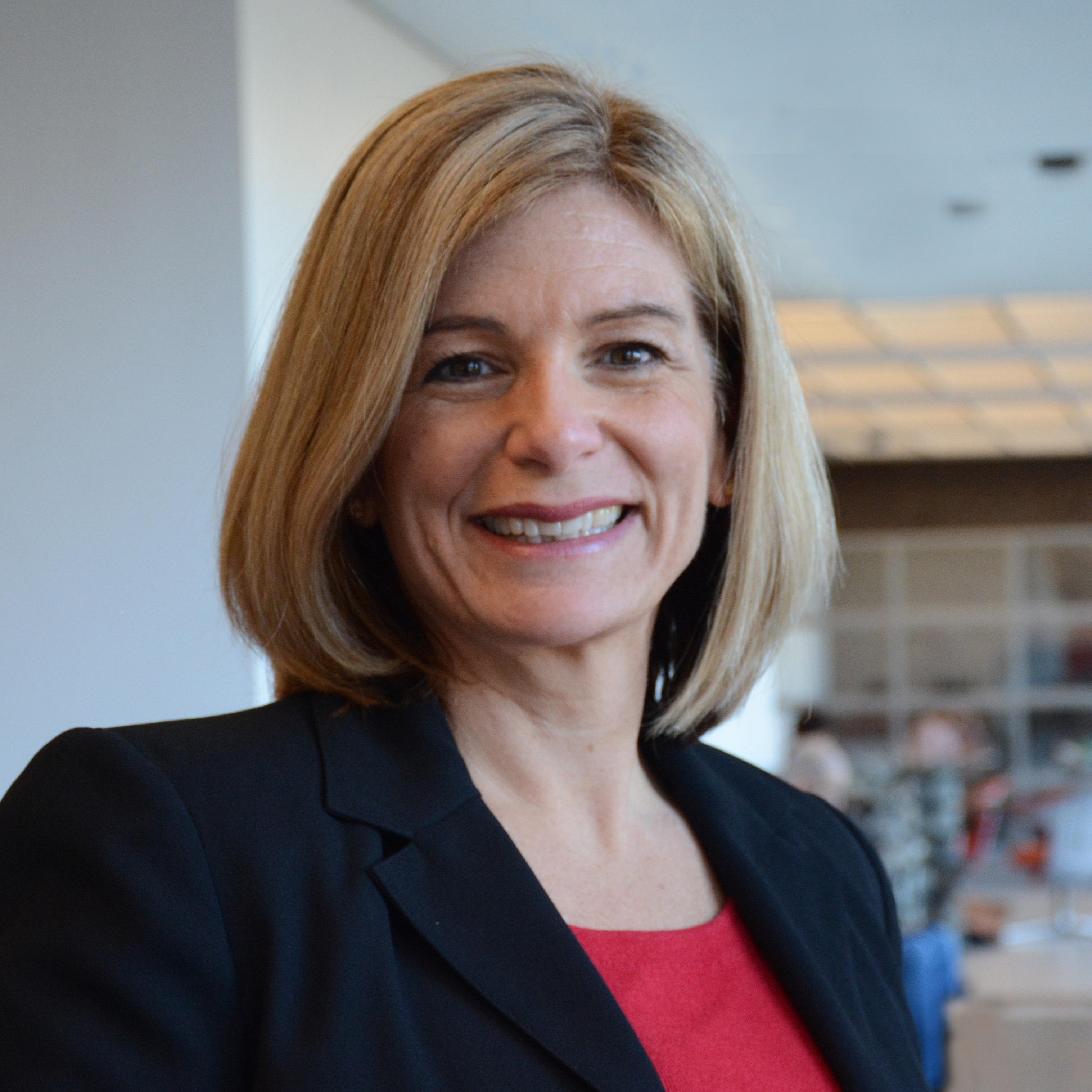 Laura Lindenfeld Appointed Dean of Journalism School at Stony Brook University