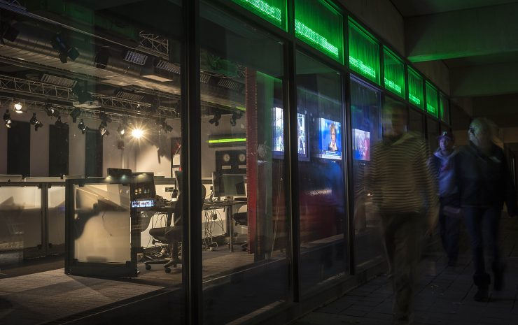 2013 10 24 newsroom 6 e