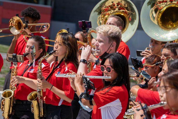 Sb union opening band