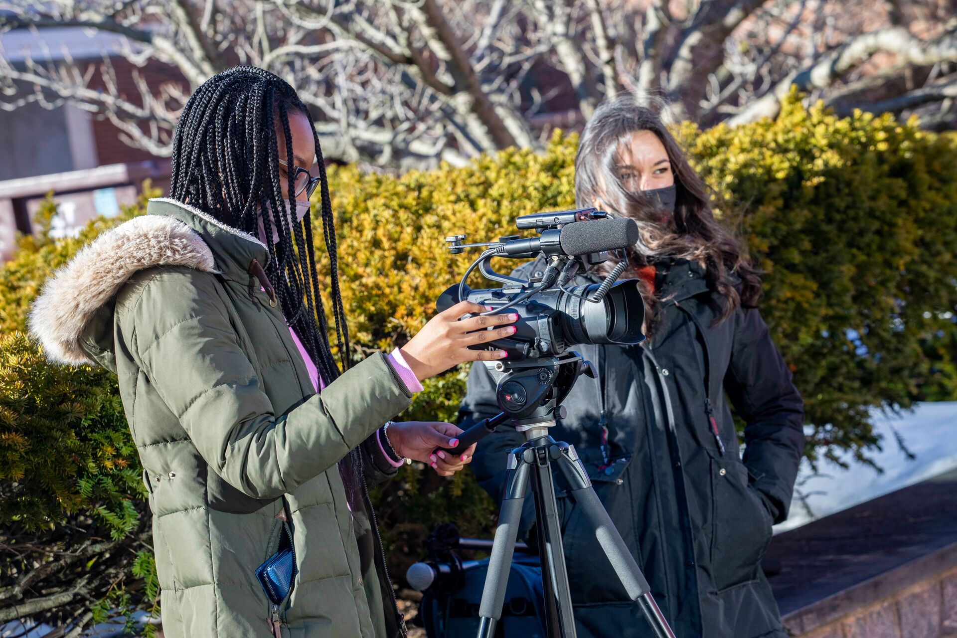 Stony Brook Places in Top 10 in Annual Hearst Journalism Awards